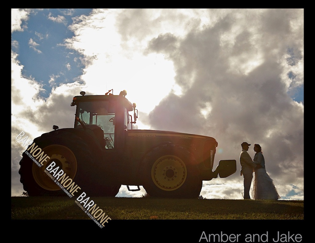 Bar None Photography - Rustic Wedding 1391